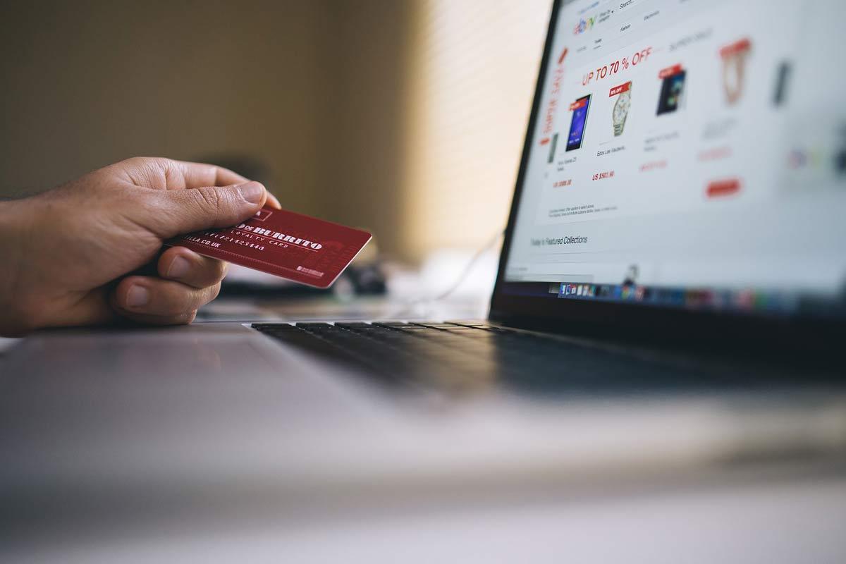Где можно покупать с помощью кредитной карты?