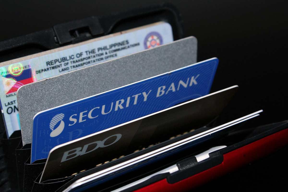 Сколько дней делают кредитные карты Сбербанка?